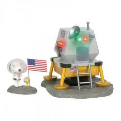 Peanuts The Beagle Has Landed Figurine